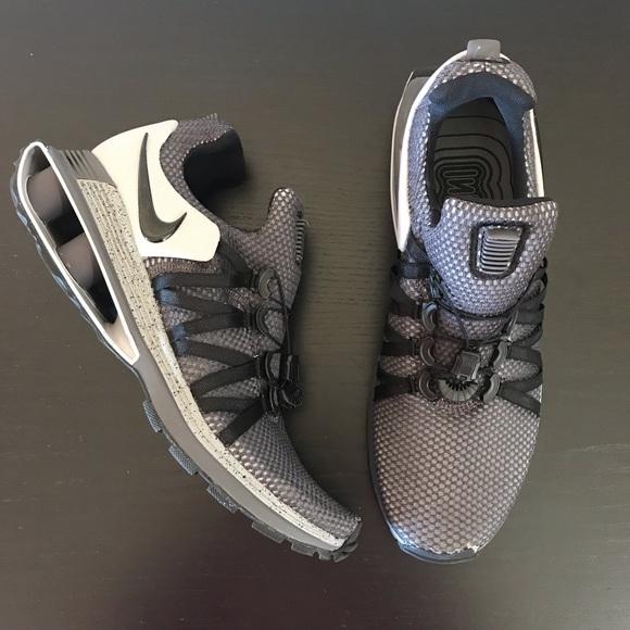 Nike Shoes   Mens Nike Shox Gravity